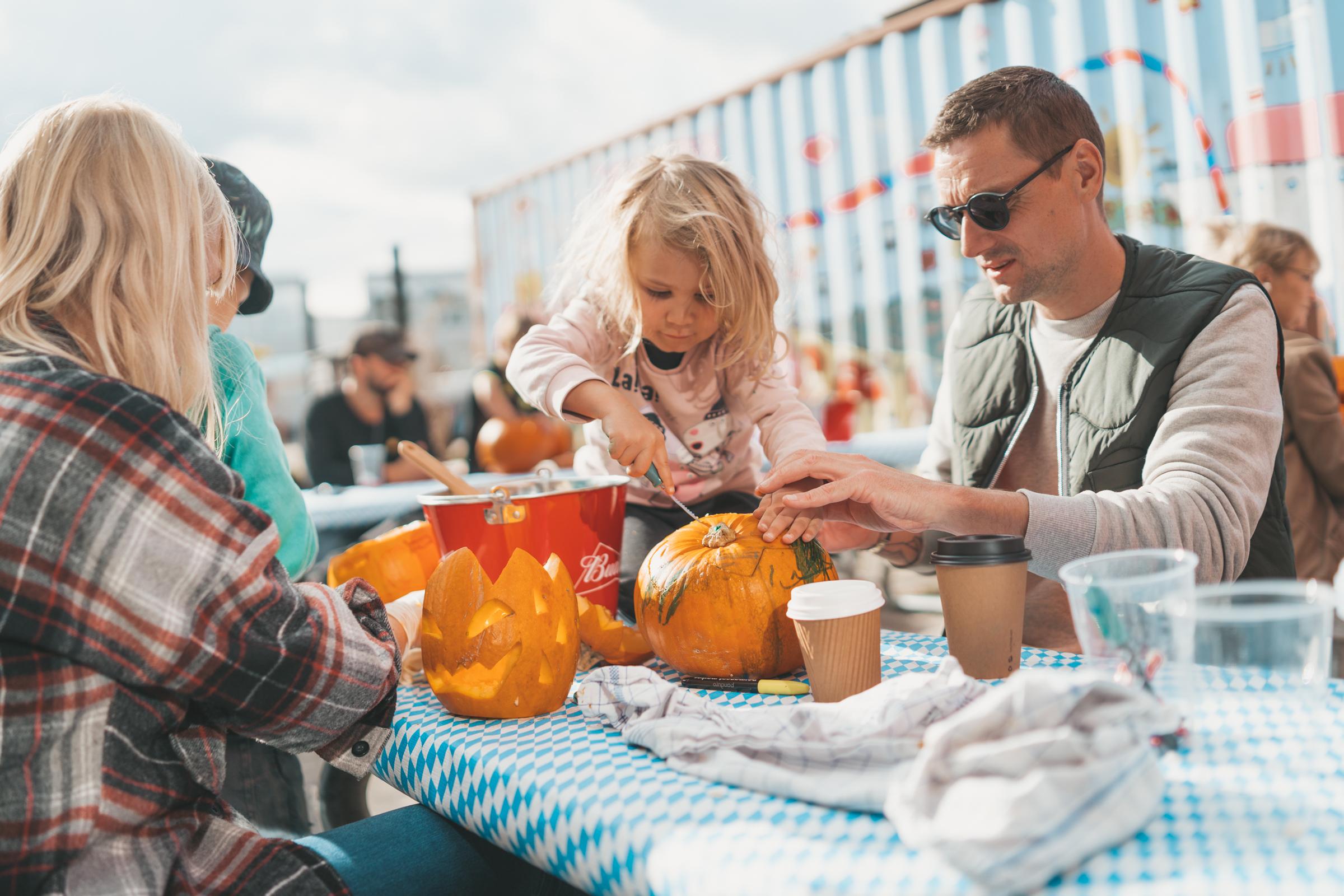 Werkstatt_pumpkin carving_2020_DS-5